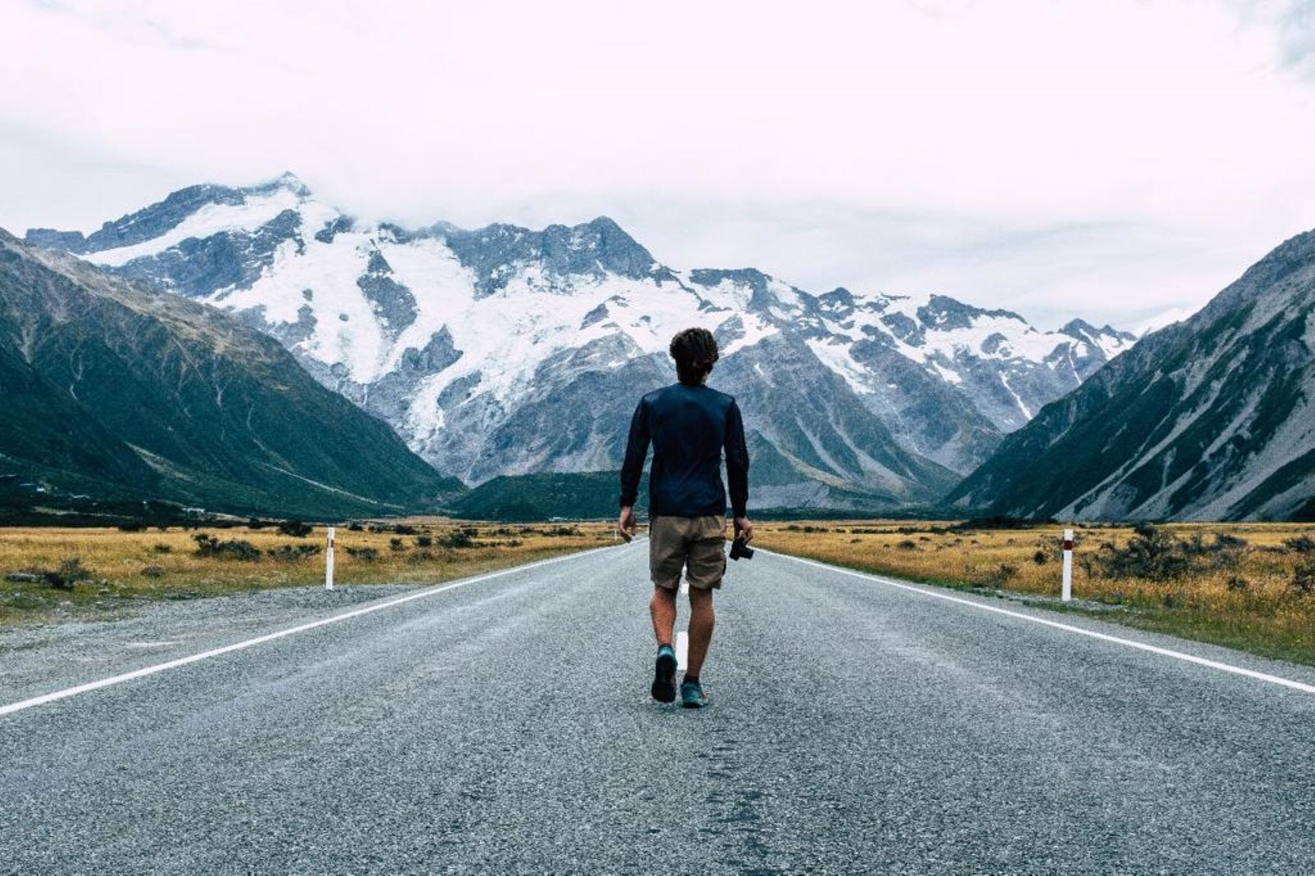 Thru-hiking New Zealand: Why you should spend more time alone