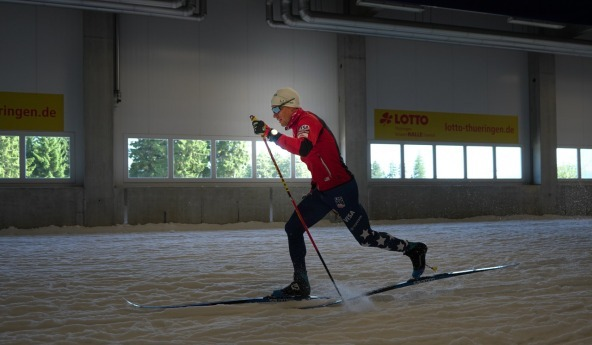 Simi Hamiton classic training in Oberhof ski tunnel (c) Matt Whitcomb