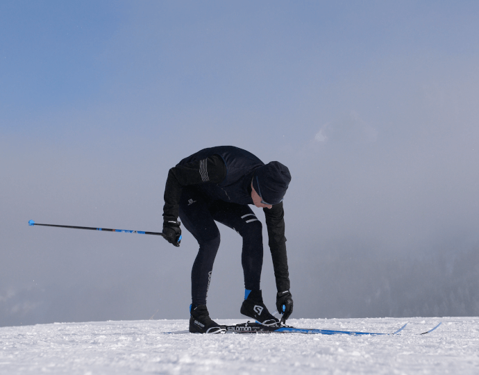 How to step into cross-country ski bindings?
