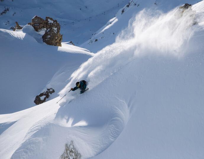 Comment choisir ses skis de freeride ?