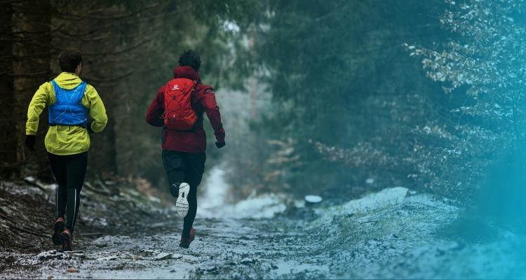 hot sale online 3bcba 4ae1b Im Schnee laufen