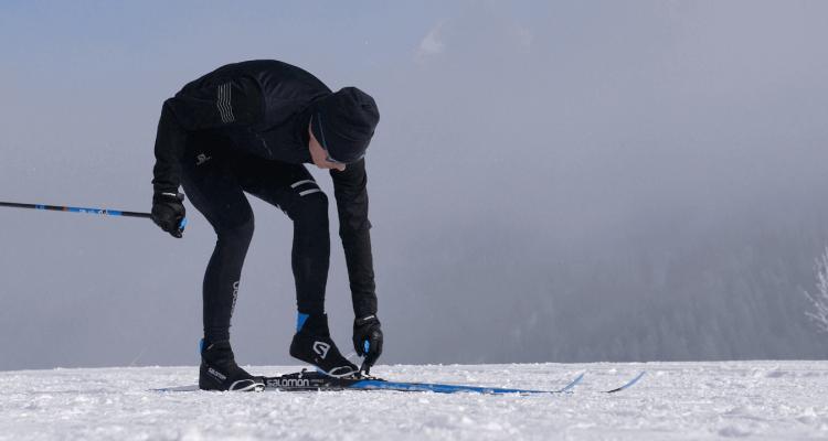 How to step into cross-country ski bindings?