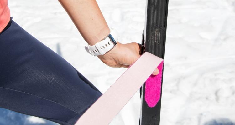 Jak należy zmieniać foki w klasycznych nartach biegowych?