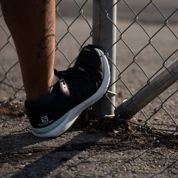 shoes with pronation support